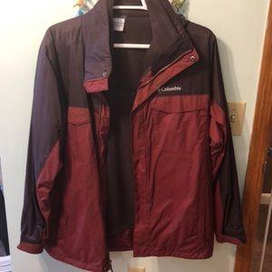 Size large coat from Columbia EUC
